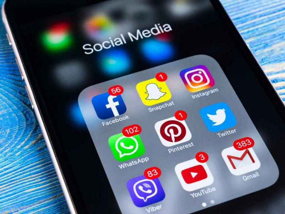social media be board